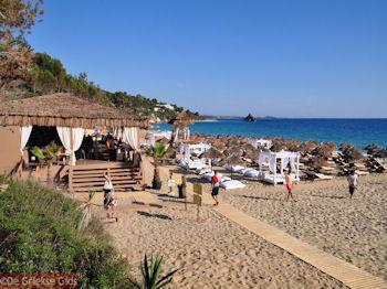 Strand Makris Gialos Lassi - Kefalonia - Foto 500 - Foto van De Griekse Gids